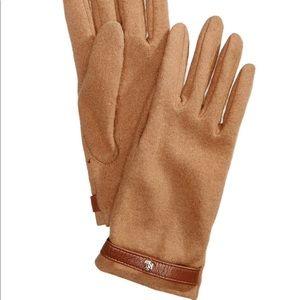 NWT Lauren Ralph Lauren camel touchscreen gloves